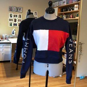 Tommy Jeans Color Blocked Crewneck Sweatshirt M